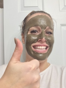 The FoxBrim Mud Mask gets a Thumbs Up approval from me!